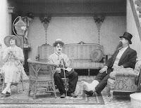 """Кадр из фильма Чарли Чаплина """"Лечение"""" (1917) - 5"""