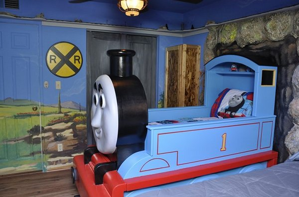 Thomas the Tank bedroom ideas  Train themed bedroom decorating ideas - boys bedroom train theme decor  - train themed beds - train themed furniture - train theme bedding - train theme decorations - Thomas the tank bedroom - Thomas the tank theme bed - old world train themed bedroom - vintage style trains wall murals - choo choo trains wall decal stickers - Train Theme furniture