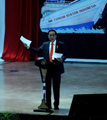 Kejar Ketertinggalan SDM, Presiden Jokowi: Perlu Terobosan Besar di Bidang Pendidikan - Info Presiden Jokowi Dan Pemerintah