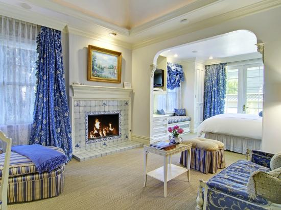 The Inn at Depot Hill offers an intimate location for a sumptuous, relaxing getaway in Capitola, California. A working train depot well into the 1950's, the historic Inn at Depot Hill offers guest rooms decorated in the style of famous travel destinations.