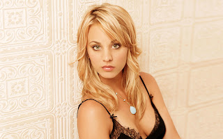 Kaley Cuoco in black color bra hd images