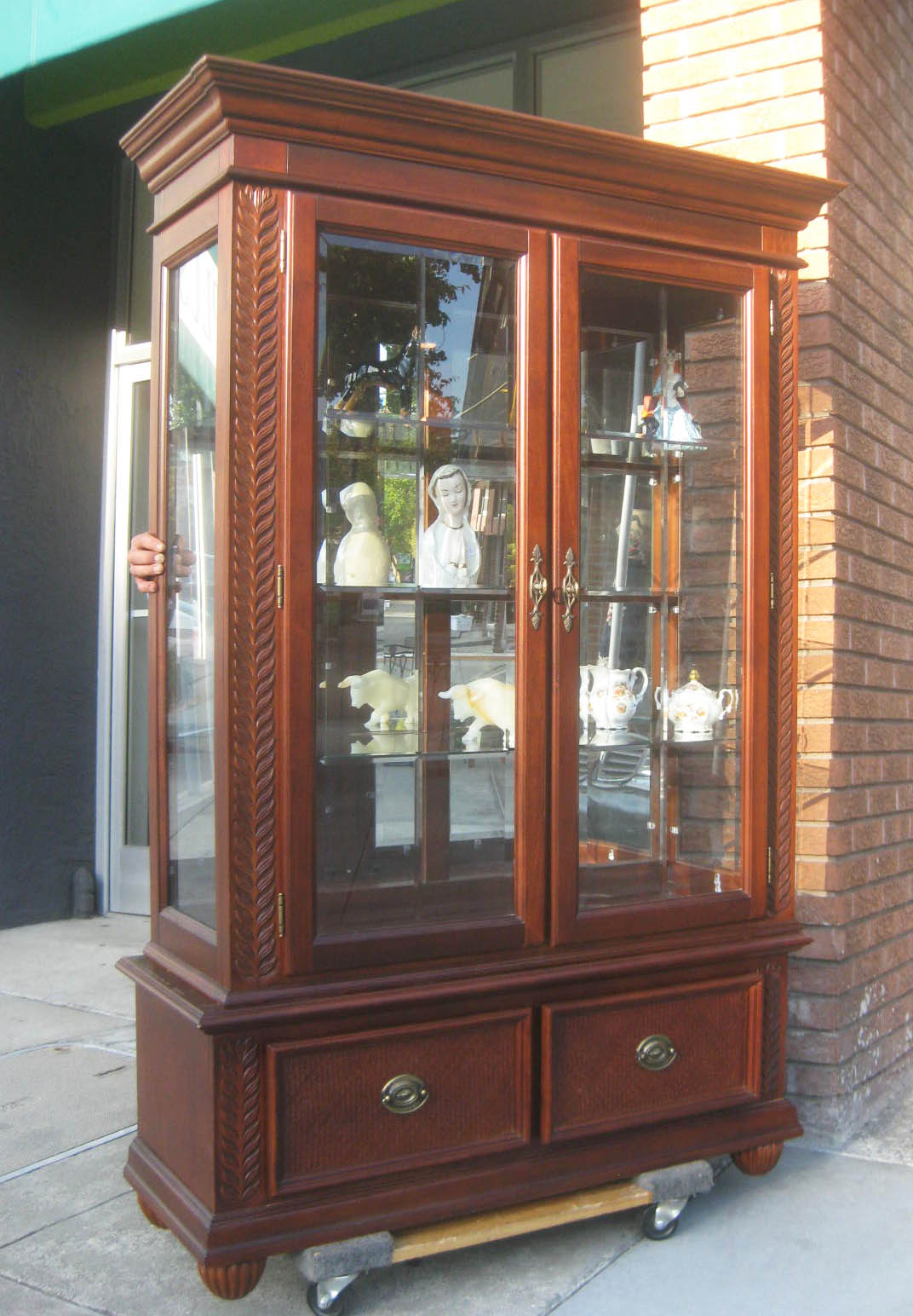 UHURU FURNITURE & COLLECTIBLES: SOLD - Mirrored Curio ...