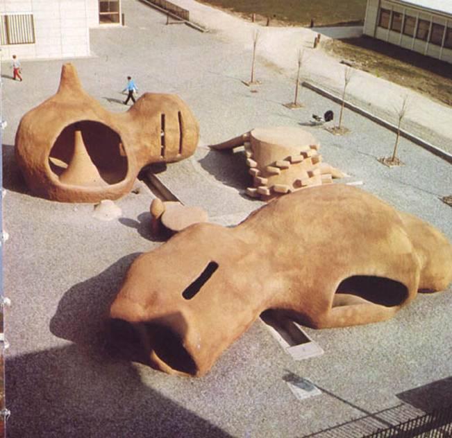 play sculpture