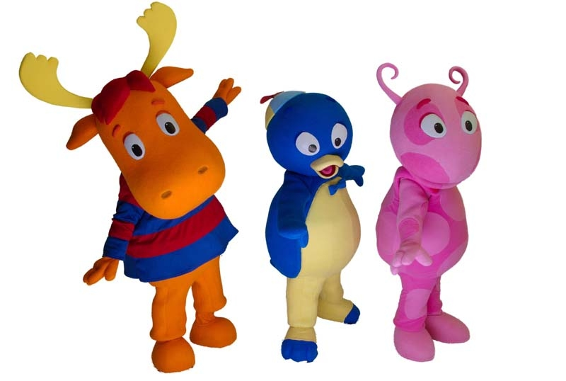 Backyard Nickelodeon nickalive!: meet pablo, uniqua and tyrone of the backyardigans at