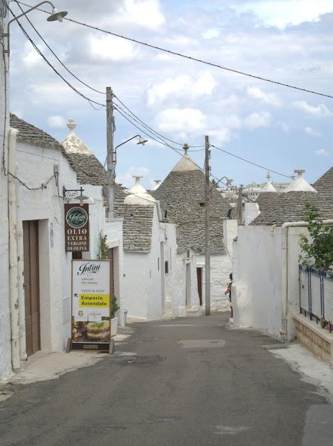 wioska Alberobello, jak wyglądają domki