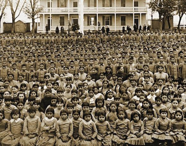 scuola di imbarco nativi americani