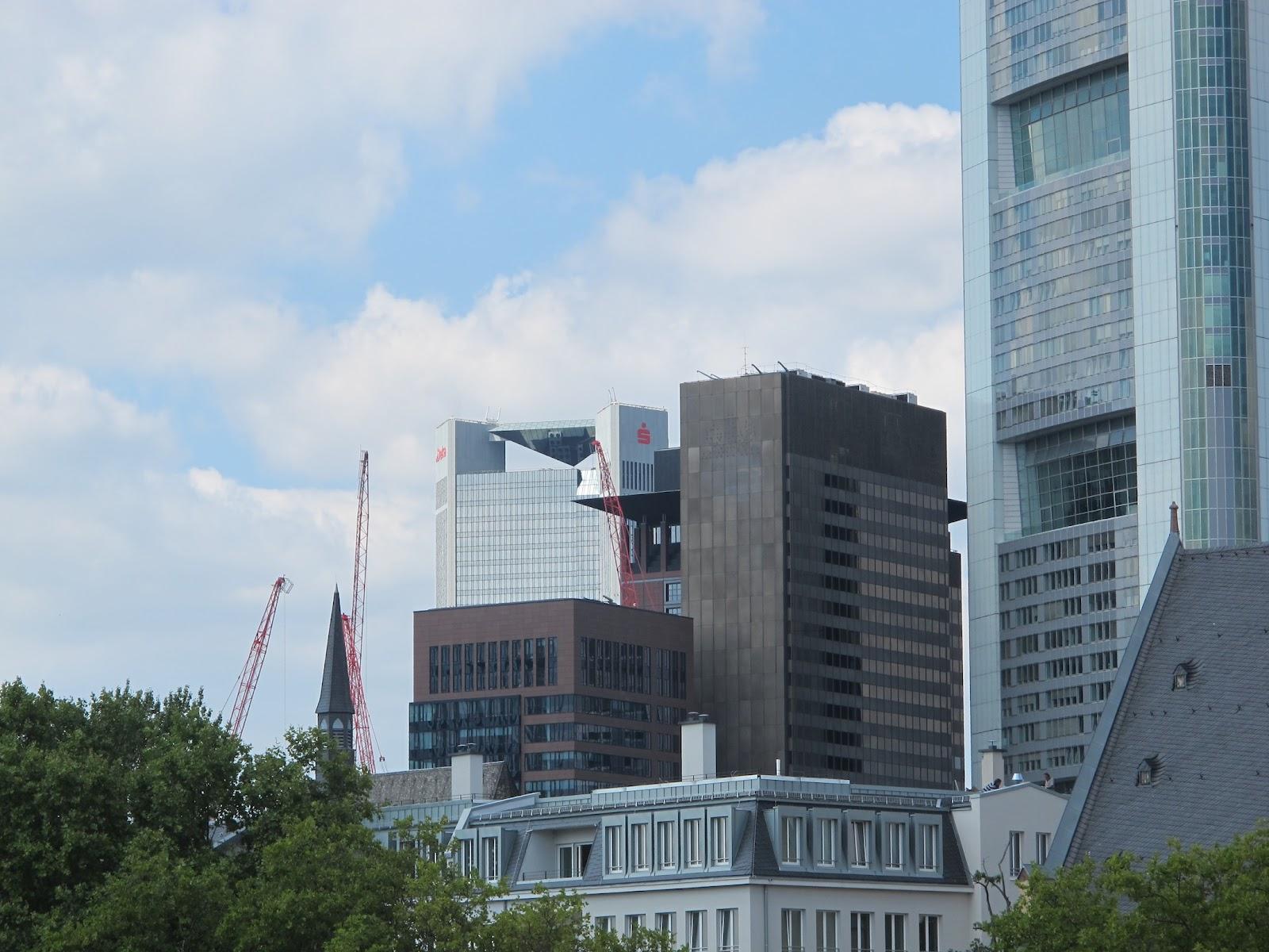 Bauzeitgeist: Frankfurt Und Anderswo