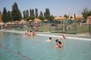 Ciudad real las negras me dan asco for Putas en la piscina