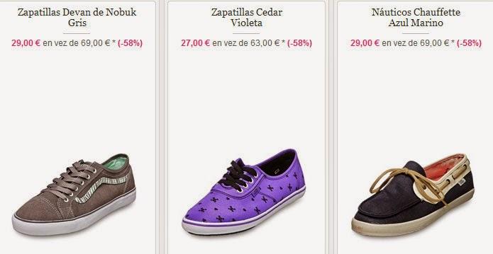 Ejemplos de zapatillas y naúticos color azul de Vans