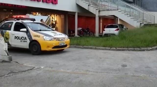 Homem é morto após sacar 800R$ na Estrada da Ribeira a luz do dia