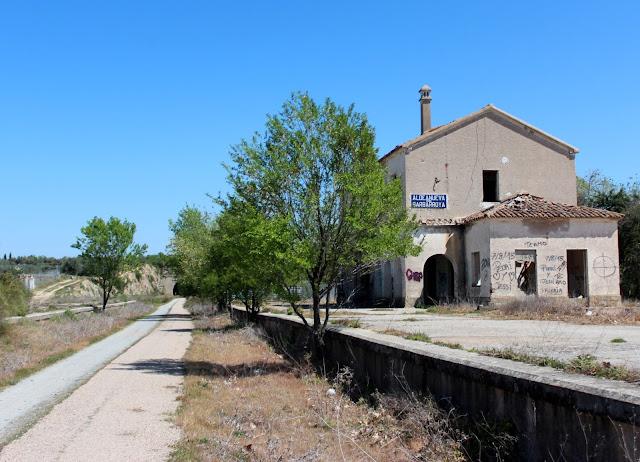 Estación abandonada de Aldeanueva de Barbarroya
