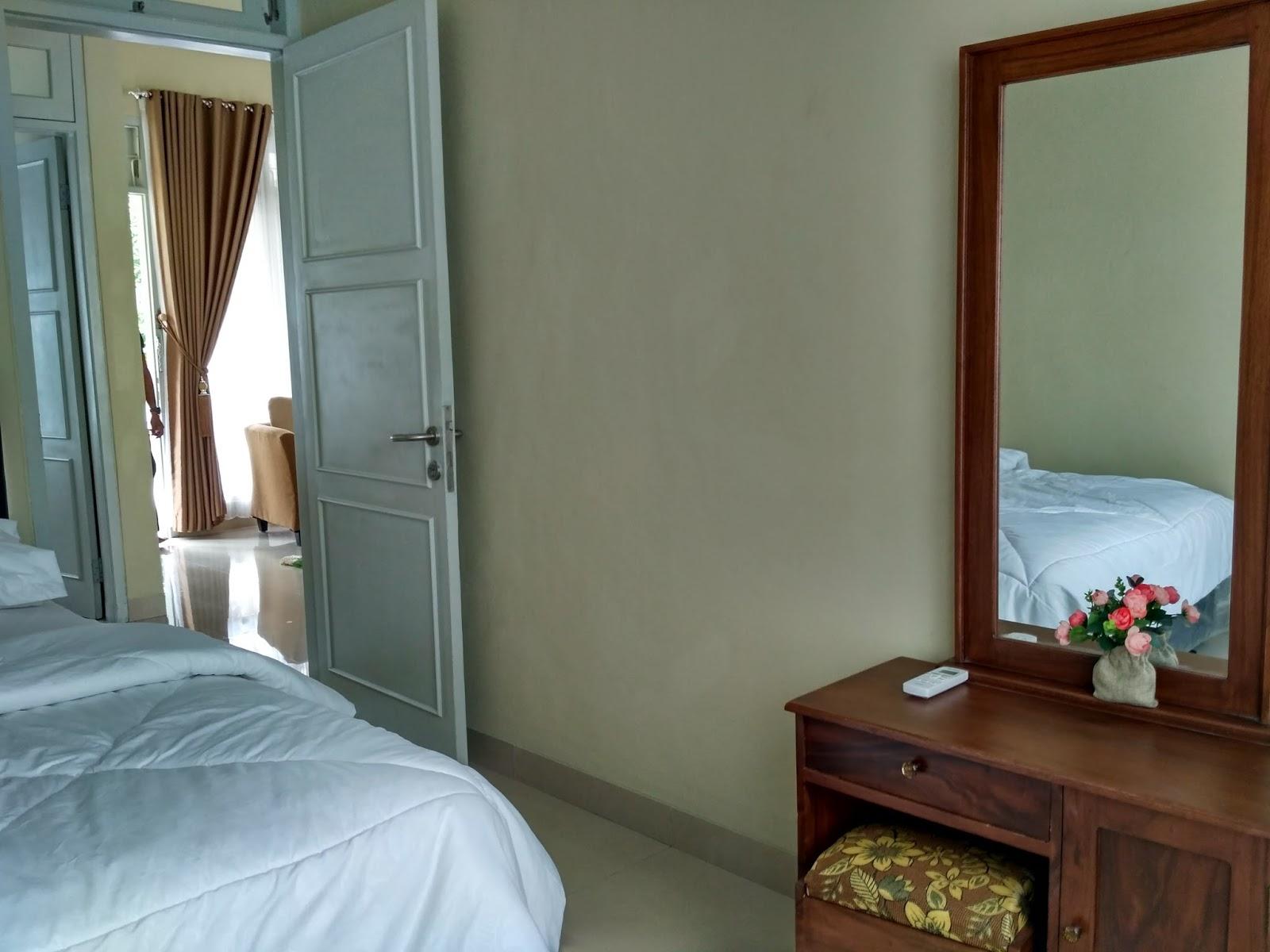 Harga Rp 600 Ribu Maximal 8 Orang Tanpa Extra Bed