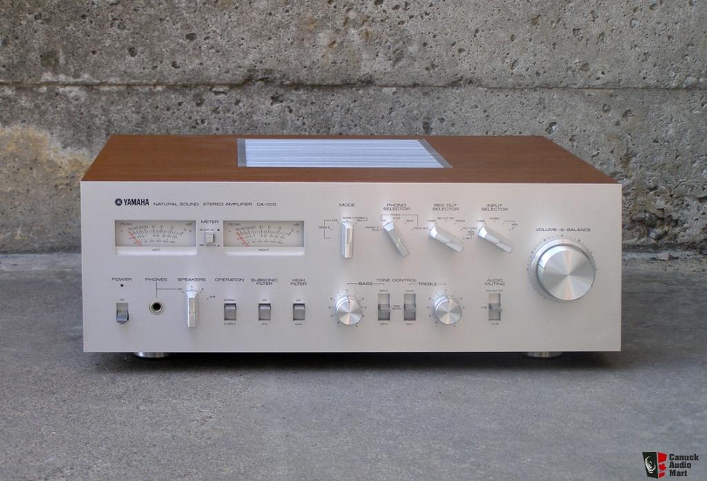 Yamaha Bca B on Bose Stereo Amplifier