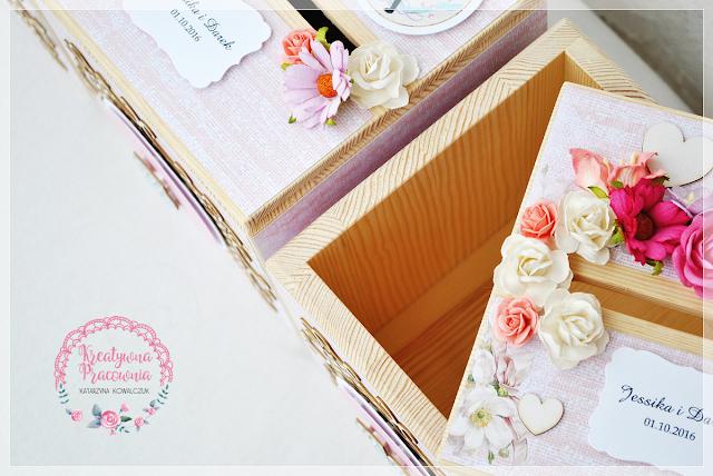 drewniane pudełko, księga gości