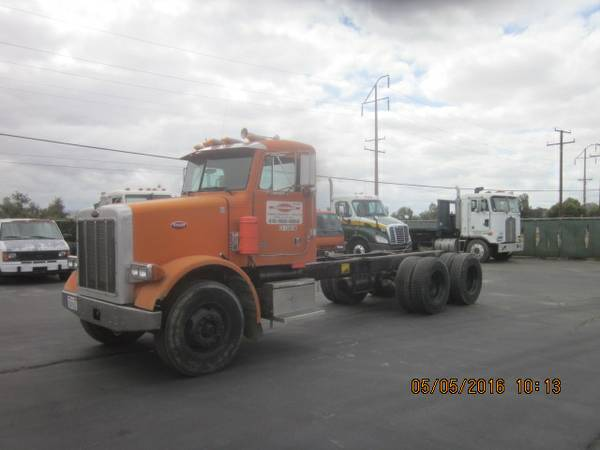 1991 Peterbilt Daycab 3 Axle Chassis