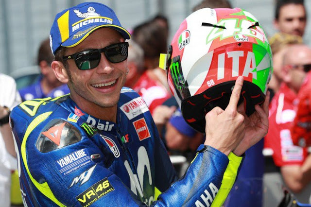 Momentum Valentino Rossi Di Balapan MotoGP Italia