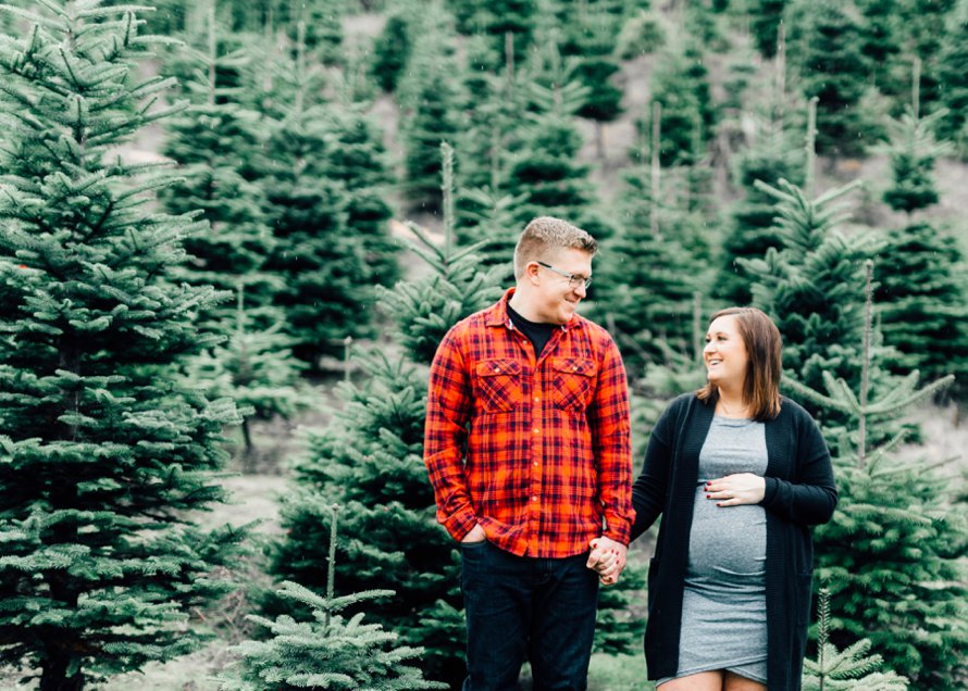 Bonney Lake Tree Farm Holiday Photography Session by Something Minted