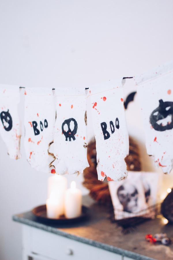 DIY Halloween Dekoration: Anleitung für eine gruselige Girlande aus Tempo-Taschentüchern. Happy Crafting by titatoni.de