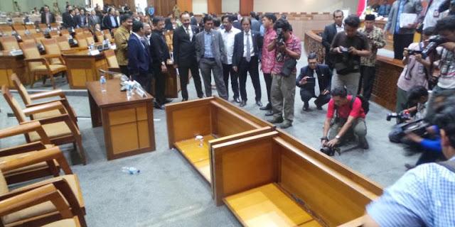 Anggota DPR Murka Akibat Mendagri dan MenkumHAM Absen Saat Bahas Perppu Ormas