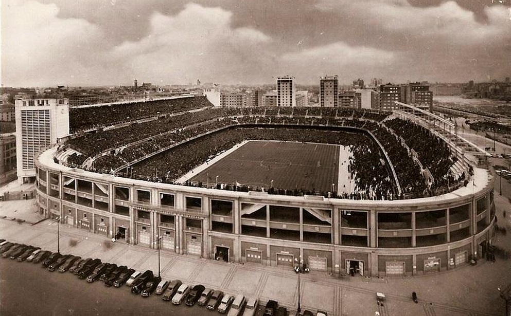 Viaggio a madrid e toledo 2016 lo stadio santiago bernab u for Planimetrie di 2000 piedi quadrati una storia