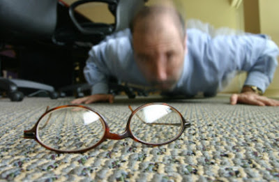8 Common Habits That Can Damage Your Eyesight