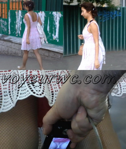 Upskirts N 2340-2360 (Subway station upskirt with amateur girls)