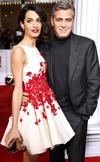 Foto de George Clooney y Amal Ramzi en alfombra roja