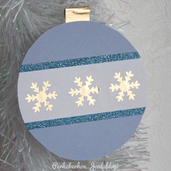 Kuva - Helppo askartelu: pastellinsiniset joulukoristeet