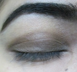 Neutral smokey Eye makeup pictorial