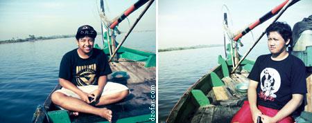 suasana di atas perahu laut Ngelak Kecamatan Mlonggo