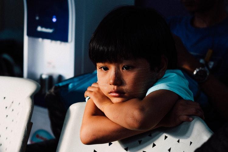 5 علامات  للعنف المنزلي
