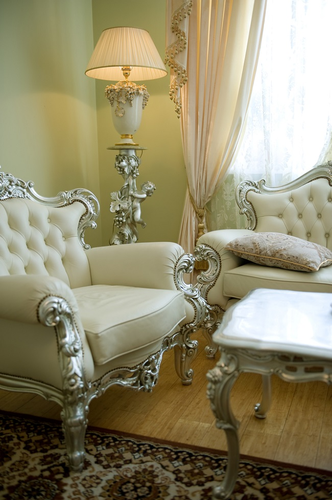 Bring Your Home Look More Attractive with Victorian Furniture