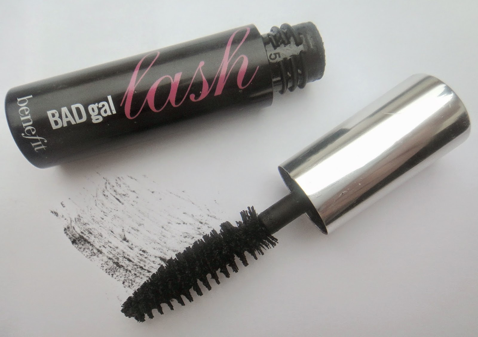 358d9f6e620 BADgal lash mascara is the oldest to be sold out of these three mascaras  and to be honest I wouldn't of really either tried this hadn't it been for my  mum.