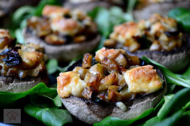 http://www.caietulcuretete.com/2015/11/ciuperci-umplute-cu-gorgonzolla.html