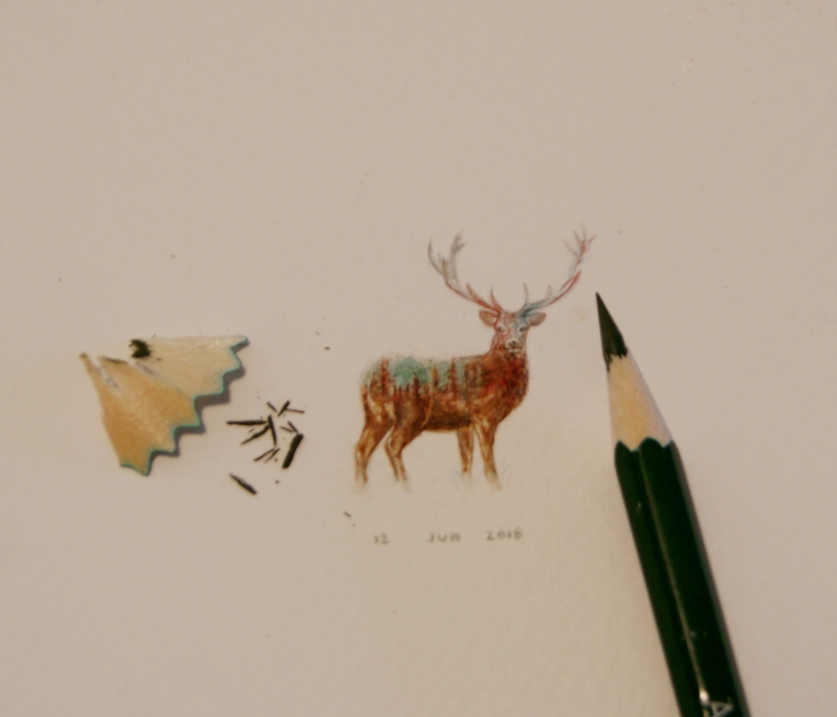 16-Mini-Deer-Kiekari-Guillermo-Méndez-Mr-Luigi-Miniature-Drawings-and-Watercolor-Paintings-www-designstack-co