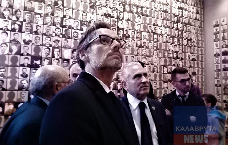 Ο Πρέσβης της Γερμανίας Jens Plötner στο Δ.Μουσείο Καλαβρυτινού Ολοκαυτώματος