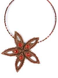 http://www.diyjewelrymaking.com/peyote-stitch-larch-pendant-by-zsuzsanna-veres/