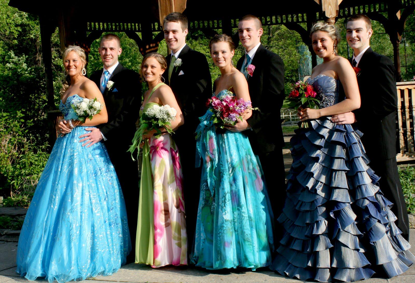 Raining Blossoms Prom Dresses: Guys