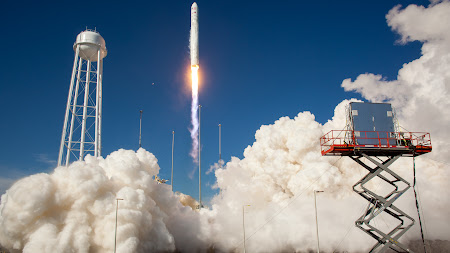 Antares Rocket Test Launch UHD