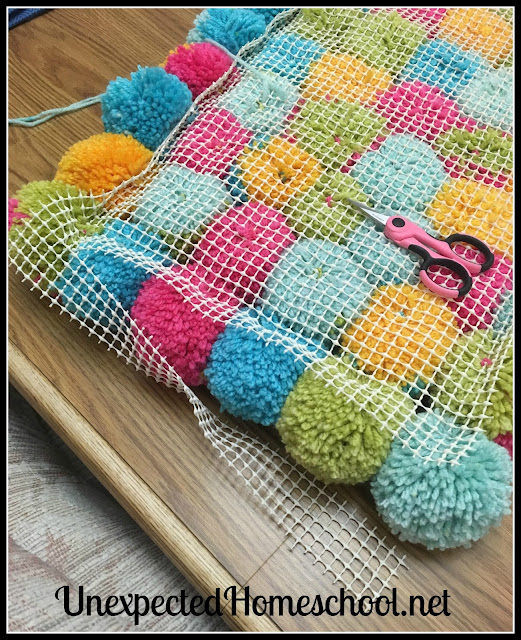 Unexpected Homeschool: Pom-Pom Rug Instructions