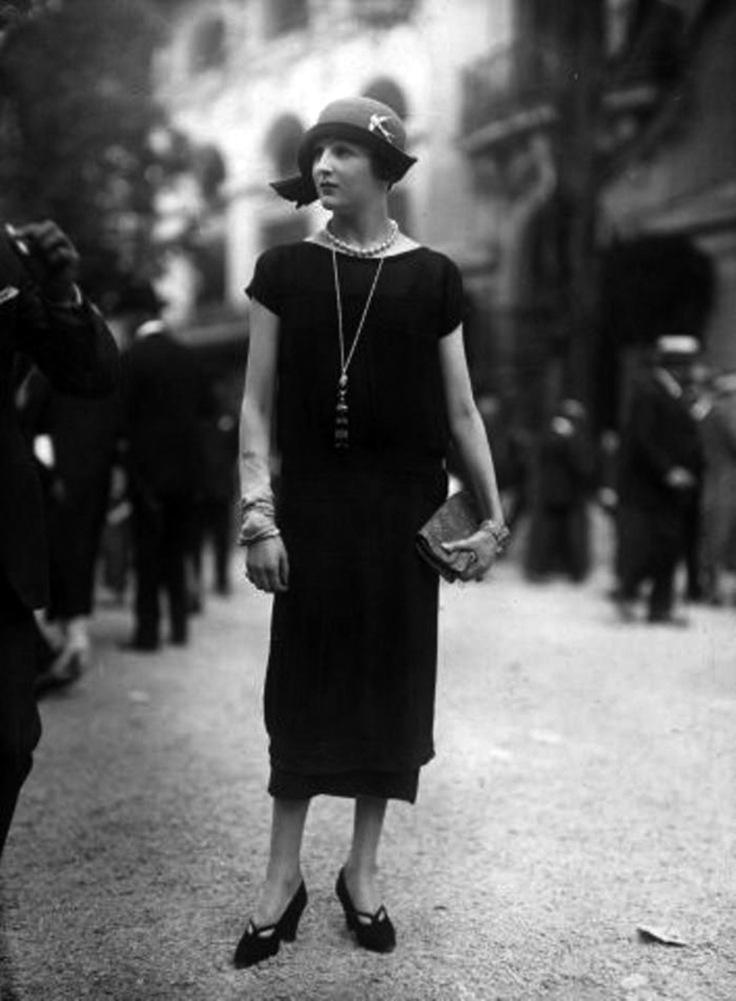50 Fabulous Vintage Photos That Show Womens Street Style