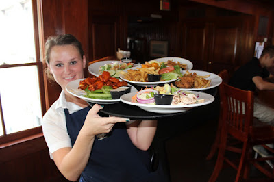 Food & Beverage Servers Wanted In Seattle USA