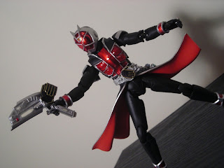 SH Figuarts Kamen Rider Wizard Flame Style 08