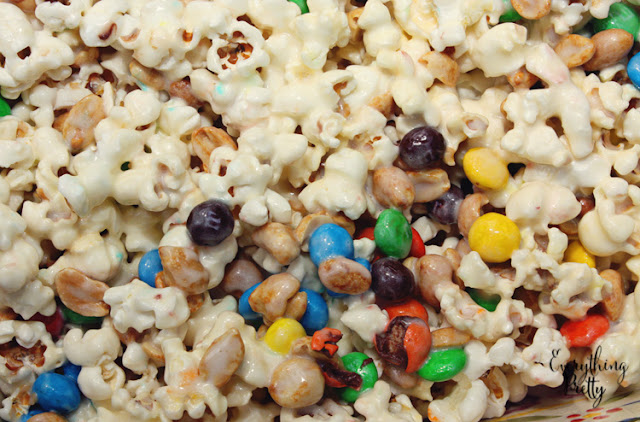 Popcorn Bars With M Amp M S 174 Crispy A Delicious Snack Under