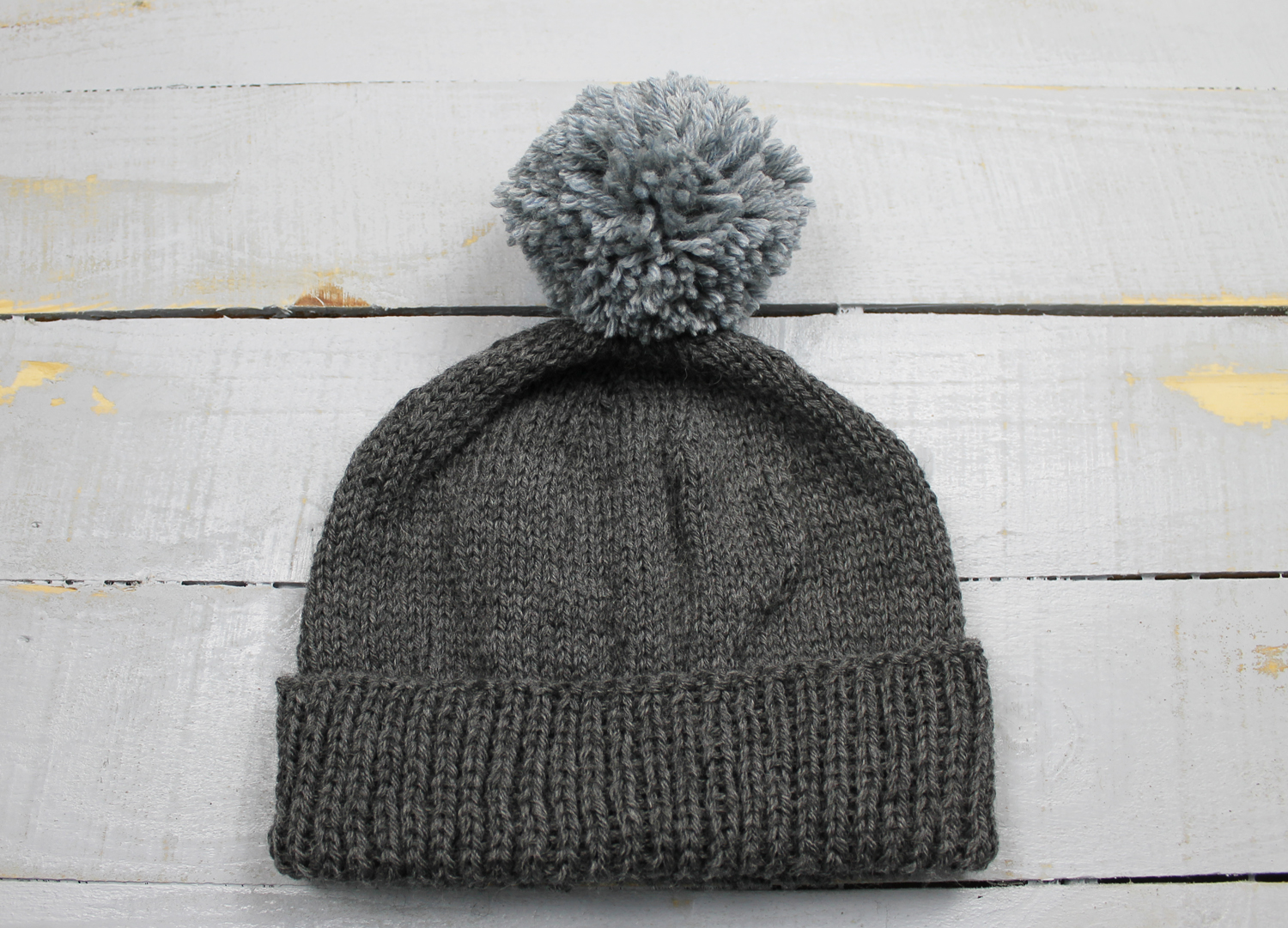 The Feisty Redhead  Magic Loop Basic Brimmed Hat Tutorial and FREE Pattern a00423f8be4