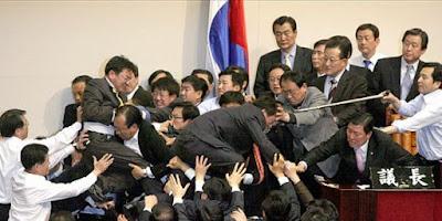 Perkelahian Anggota DPR Paling Parah di Dunia