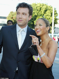 Jennifer Lopez and Ben Affleck dating