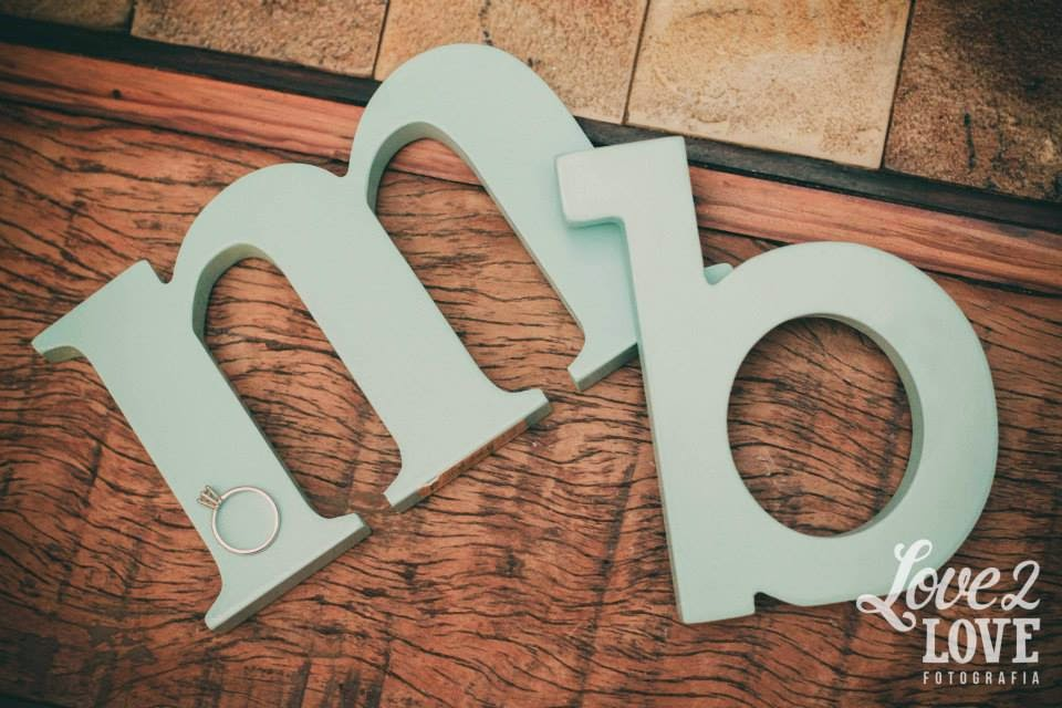 noivado-azul-tiffany-letras-mdf-iniciais-noivos-aliancas