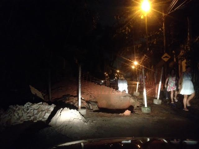 O Blog mostrou  buraco na Rua Alagoinhas a prefeitura mandou consertar
