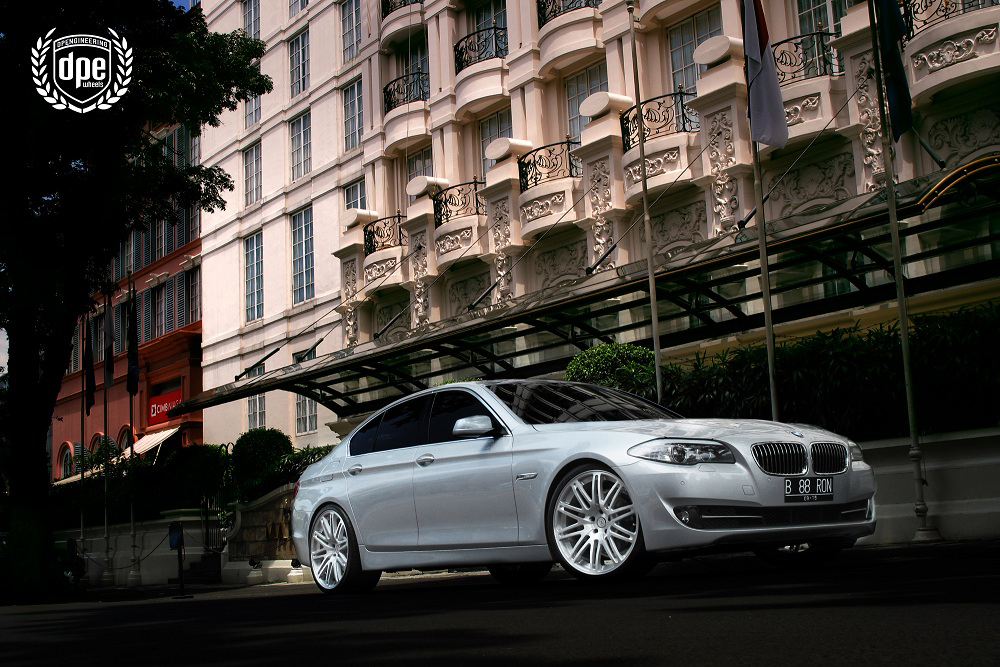 2012 Bmw 5 Series F10 On 21 Inch Brushed Mt10 Rims Only The